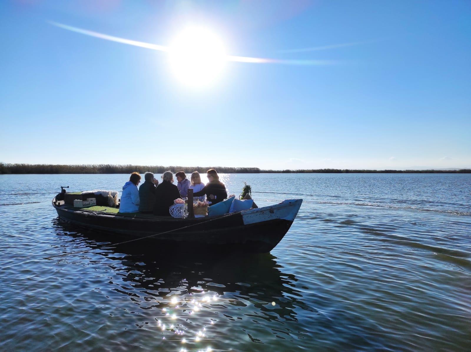 paseo en barca albufera y paella